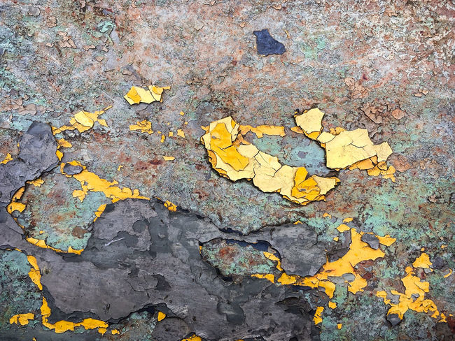 Flaking Pattern 003 Close-up Fragments No People Outdoors Paint Peeling Rotting Away Textured  Yellow Color IPhone SE