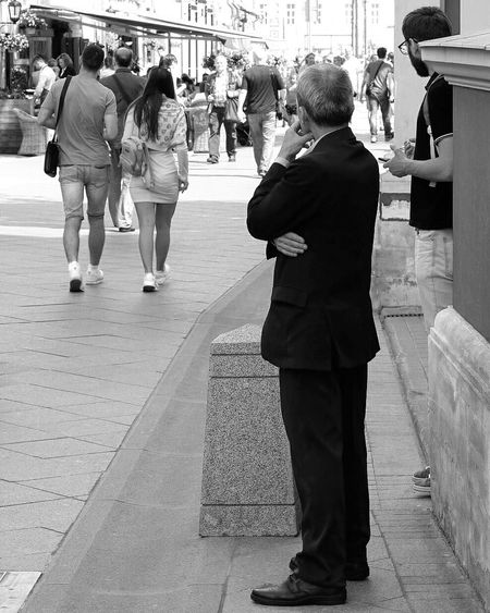 Black & White Streetphoto_bw Monochrome Black And White Blackandwhite First Eyeem Photo Fujifilm Relaxing Street Photo FUJIFILM X-T1 Streetphotography Street Photography Eye4photography