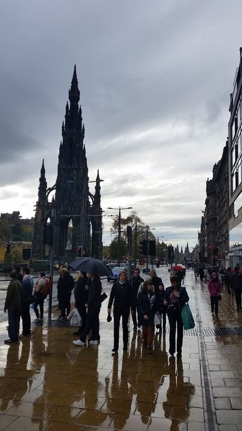 Princes Street Edinburgh Scotland Rainy Days Reflections Exceptional Photographs EyeEm Masterclass Travel Photography Reedited Eye4photography  EyeEm Best Shots Large Group Of People Travel Destinations The Great Outdoors - 2017 EyeEm Awards Reflections In The Rain