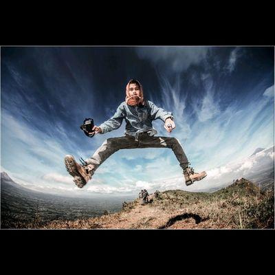 Terus berusaha untuk hal yang tebaeeek! Photography Levitation INDONESIA Kappaadventure