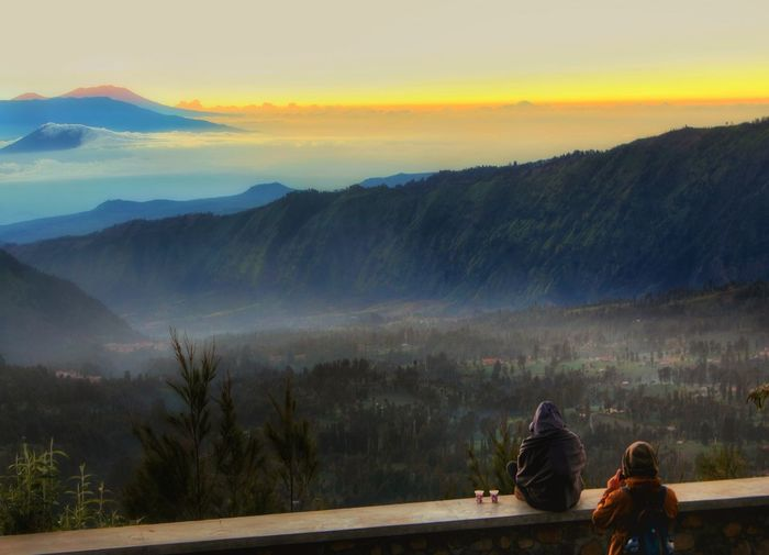 coffeeee Adult Togetherness Two People Rear View Sunset Landscape People Mountain Relaxation Outdoors Tranquility Scenics Women Nature Forest Adults Only Fog Friendship Men Sitting