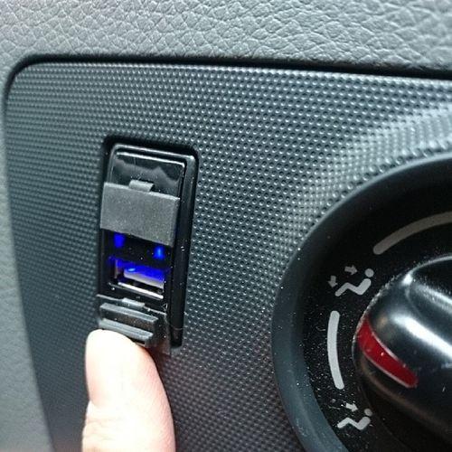 USB♪ E26  NV350  Car  Caravan  nissan nismo