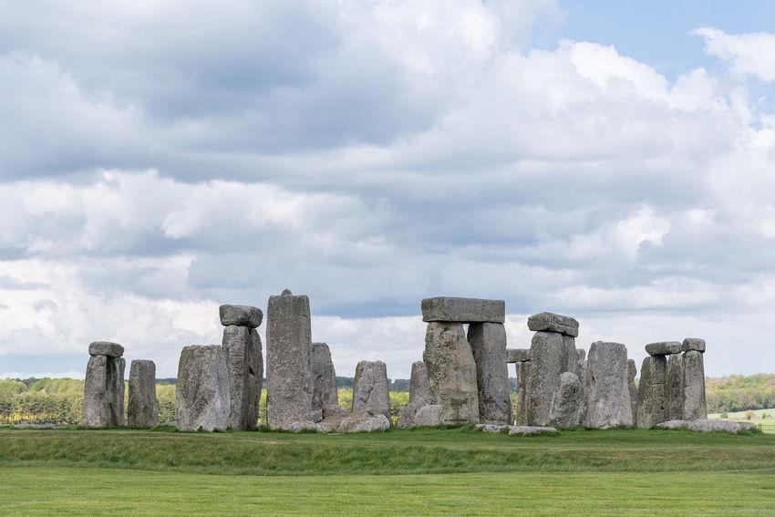 Stonehenge Prehistoric Monument Britain England, UK Steinkreis Amesbury Archaeology History Monument No People Outdoors Stonehenge Travel