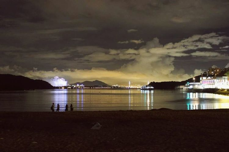 Discovery Bay Hong Kong Night Water Sea Reflection Outdoors Cloud - Sky Illuminated No People Scenics Beauty In Nature Sky