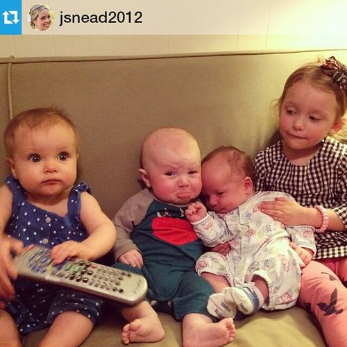 Repost @jsnead2012 ・・・ Such a fun time introducing my best friends' babies to my baby. Well, this pretty much made my life. LilyJoLovin JackMurphree SamParteeIAm LittleMissTinsley