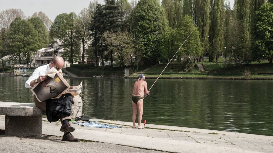 Capture The Moment Turin Italy Torino Murazzi Di Torino Mycity Picturing Individuality Shoots That Make You Look Twice Old But Awesome Weird Fishing Time Impossible Moments