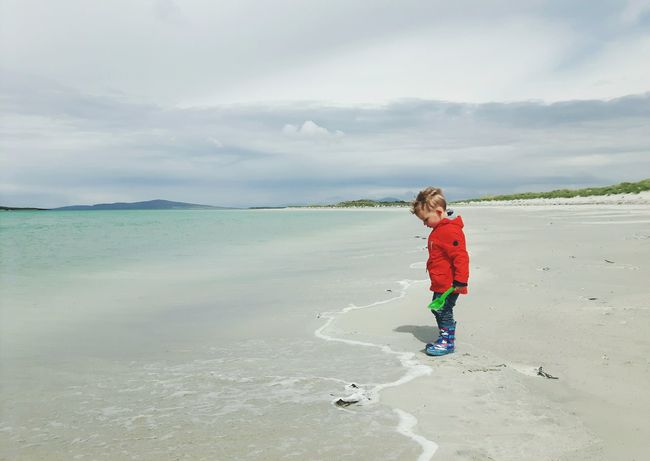 One Boy Only Children Only Child Playing At The Beach Children Of The World EyeEmNewHere Live For The Story Toddlersofeyem The Great Outdoors - 2017 EyeEm Awards The Portraitist - 2017 EyeEm Awards Scottish Beaches Uist Scottish Beach Outerhebrides Hebrides Nortuist Childphotography Child At Beach Clachan Clachansands Toddler Boy Beauty In Nature Cloud - Sky Scotland Toddler  BYOPaper! Place Of Heart The Week On EyeEm Done That. Lost In The Landscape