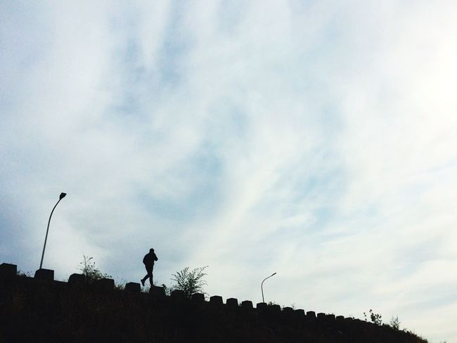 Walking on The Wall Silhouette Sky Cloud - Sky Real People One Person Outdoors Nature Architecture Day