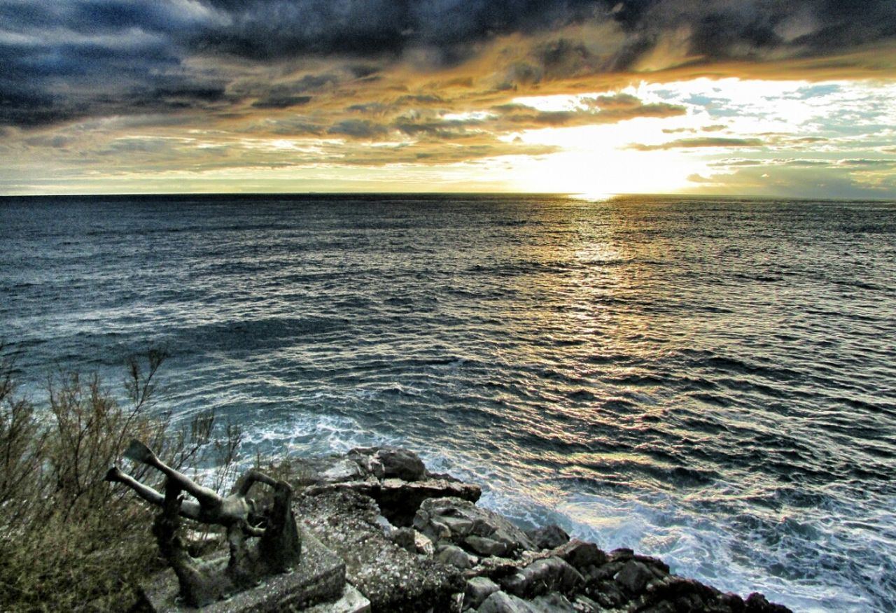 sea, water, cloud - sky, sunset, nature, beauty in nature, scenics, tranquility, tranquil scene, horizon over water, sky, no people, outdoors, beach, day