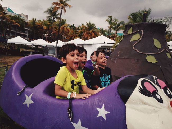 Boys just wanna have fun! IPhoneography Fun Boy Kids Happy Happiness Happy People Smile Vscocam EyeEm Best Shots