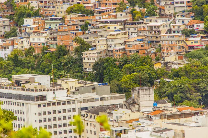 Morro da Babilônia - Leme - Rio de Janeiro Brasil ♥ Brazil Copacabana Copacabana - Rio De Janeiro LeMe Leme Beach Rio De Janeiro Brasil Brunomartinsimagens Casa Favela Favelabrazil Foto Aerea Landscape Lemeridien Morro Da Babilônia Paisagem