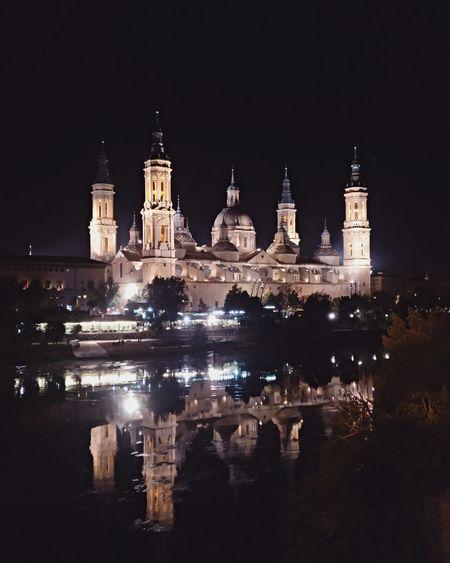 Basílica de Nuestra Señora del Pilar Zaragoza España SPAIN City Ciudad Streetphotography Night Noche Water Agua Catedral Cathedral
