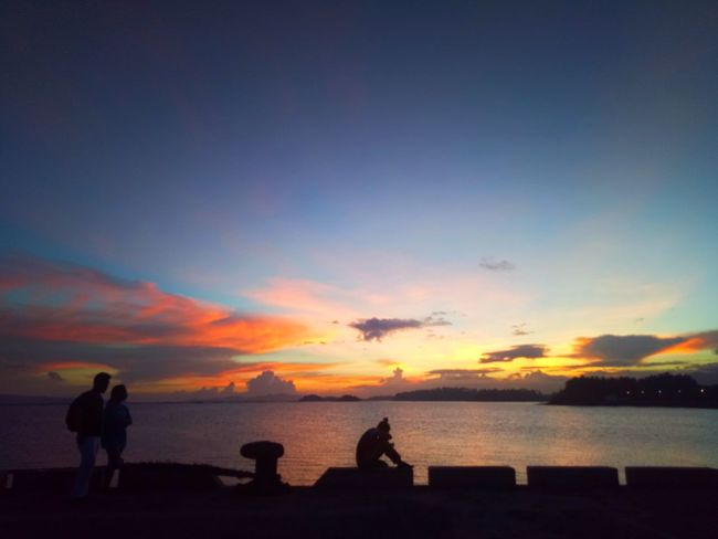 Sunset Silhouette Beach Sea Togetherness Lifestyles Sky Multi Colored Horizon Over Water Water Vacations People Child Full Length Nature Friendship Outdoors Beauty In Nature Adult Day Sorsogoncity Sorsogon Latosa Wilmor Sorsogonprovince