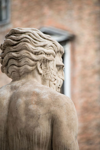A Day in Venice Architecture Close-up Focus On Foreground History Through The Lens  No People Sculpture Shallow Depth Of Field Statue Travel Destinations Travel Photography
