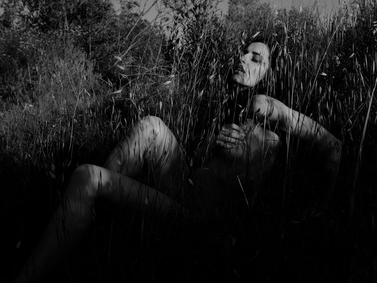 when the grass is green... Adult Adults Only Black & White Grass Nature Available Light Available Light Photography Blackandwhite Blackandwhite Photography Camarque Contrast Day Fantasy Grass Grassland Growth Landscape Model Monochrome Naked_art Nature Nudeblackandwhite Nüde Art. Outdoors Shadow