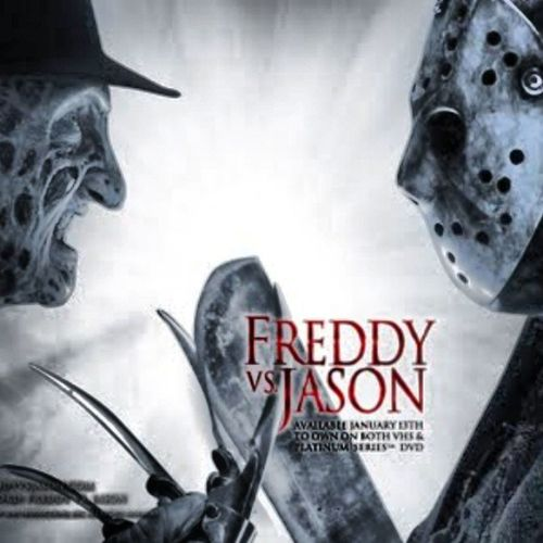 Its FridaY the 13 .... FredY nd JasOn they WiLL be In the StreeTs No SleepINg AaaaaaHH ...!Tgif
