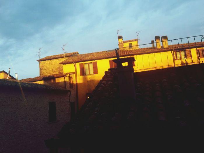 Urban Cittadicastello Italy❤️ Theyellowwalls