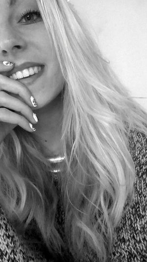 Smile Celibataire Beauty
