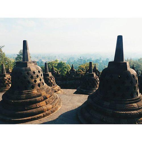 Borobudur in the near of Yogyakarta Temple INDONESIA Borobodurtemple Travellingindonesia Travel Wanderlust Buddha Religion Jungle