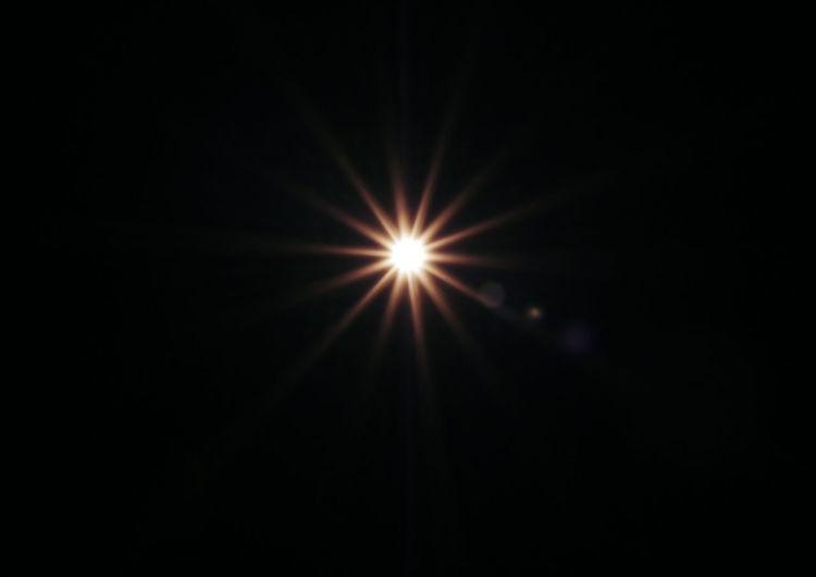 Flash light ray