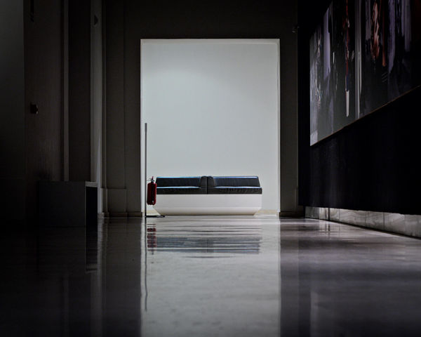 Indoors  Absence Empty No People Flooring Seat Reflection Day Architecture Building Furniture Corridor Still Life Entrance Wall - Building Feature Luxury Sofa
