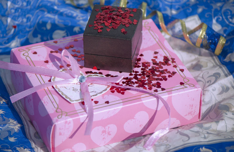 Valentine Holiday Valentine's Day  Object Congratulate Glitter Packaging Congratulations Heart Bow Love Attention Blue Pink Red Gift Box - Container Gift Box Celebration No People Still Life Pink Color Close-up Boxes