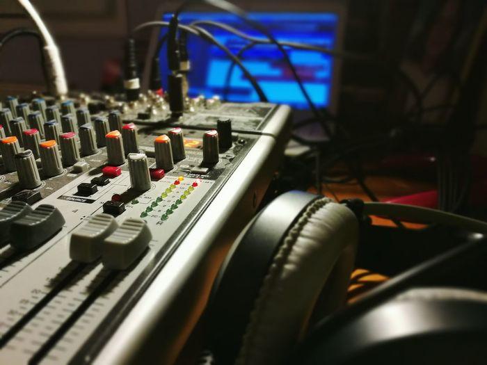 Rocording our music Pruduction Music Recording Home Studio Cubase Behrınger Sound Mixer AKG Headphones