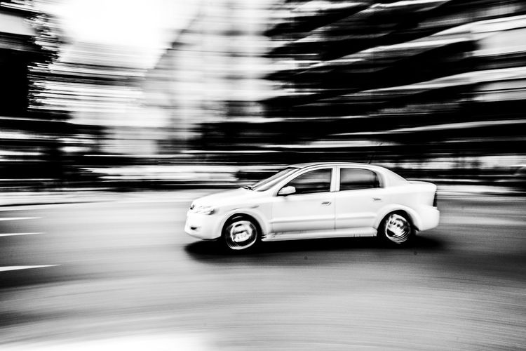 Car Transportation Motion No People Driving Speed Auto Moving Car My Year My View waiting game Street Artistic Photography Black And White Foto Creativa Artistic Photo Blanco Y Negro Foto Artistica