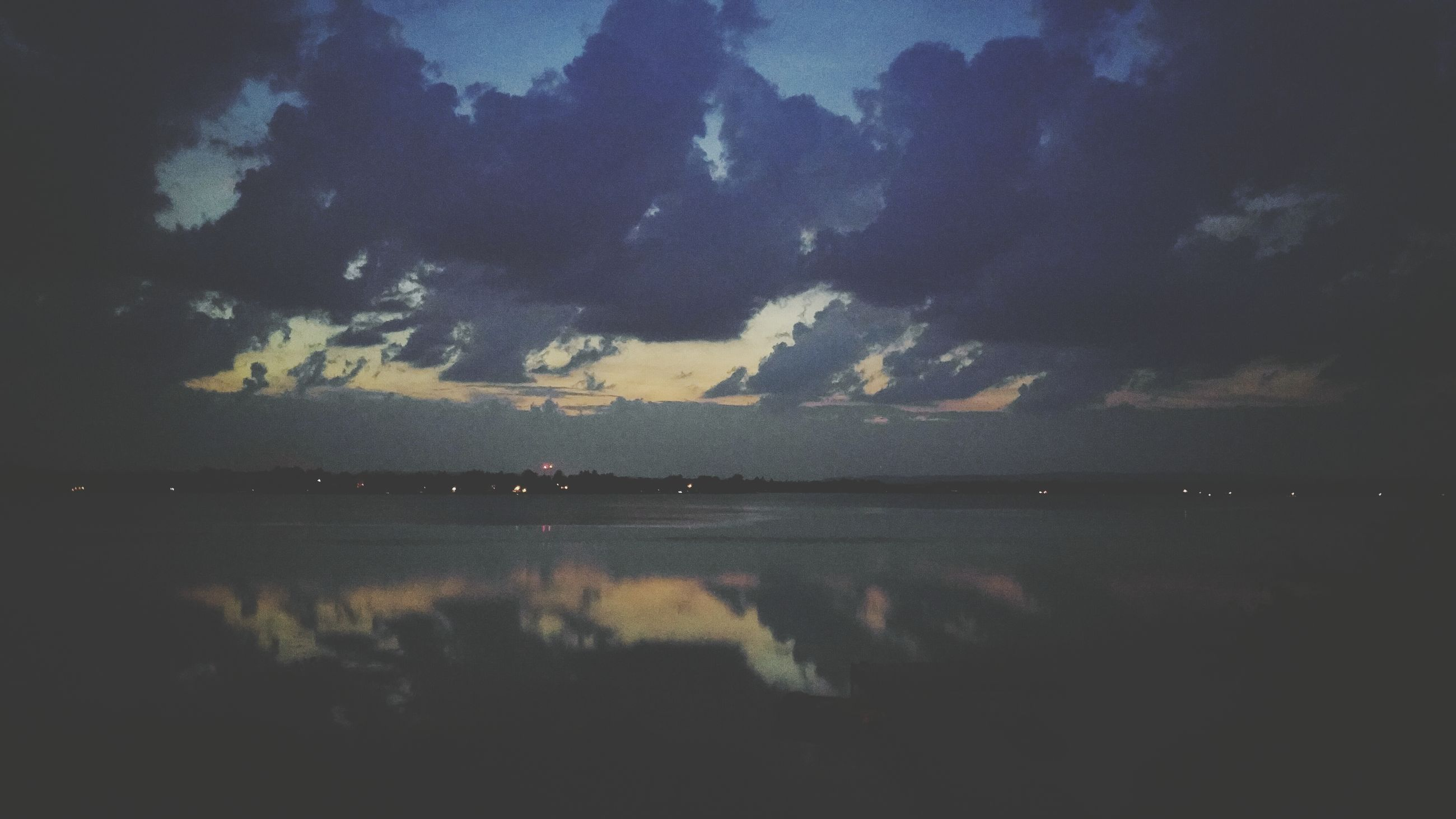 water, sky, sea, tranquility, beauty in nature, scenics, tranquil scene, night, nature, cloud - sky, dusk, idyllic, outdoors, beach, no people, reflection, sunset, shore, lake, waterfront