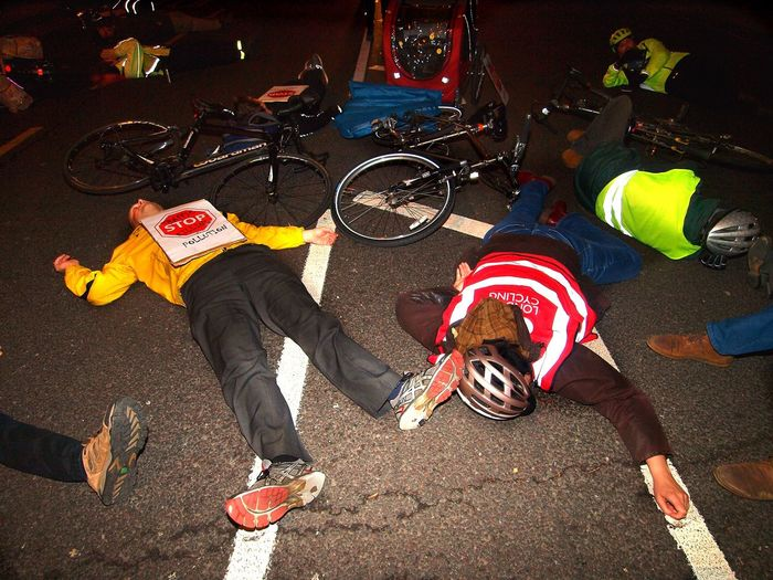 Stop Killing Cyclists. Vigil +Die-In. To honour cyclist killed by a heavy goods vehicle on Pentonville Road. Islington Town Hall. Upper Street. Islington. 08/11/2017 Politics And Government London News Cyclist Protest Cyclists London Cycling Campain Stop Killing Cyclists Stevesevilempire Islington Steve Merrick Protestor Olympus London Cycling Protest Vigil Zuiko