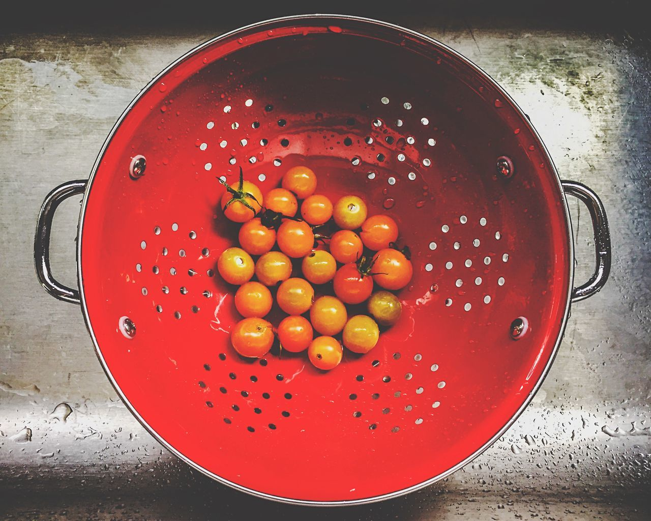 Directly above shot of cherry tomatoes in saucepan
