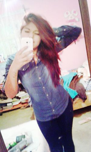 That's Me Enjoying Life Hello World LaRojita Longhair♥ Camisilla
