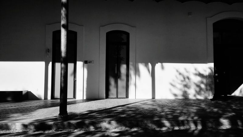 Architecture Door No People Tranquility Mexicanphotographer Blackandwhite Photography Blackandwhite Photography Mexican Culture Black&white Black Background Streetphotography Horizontal