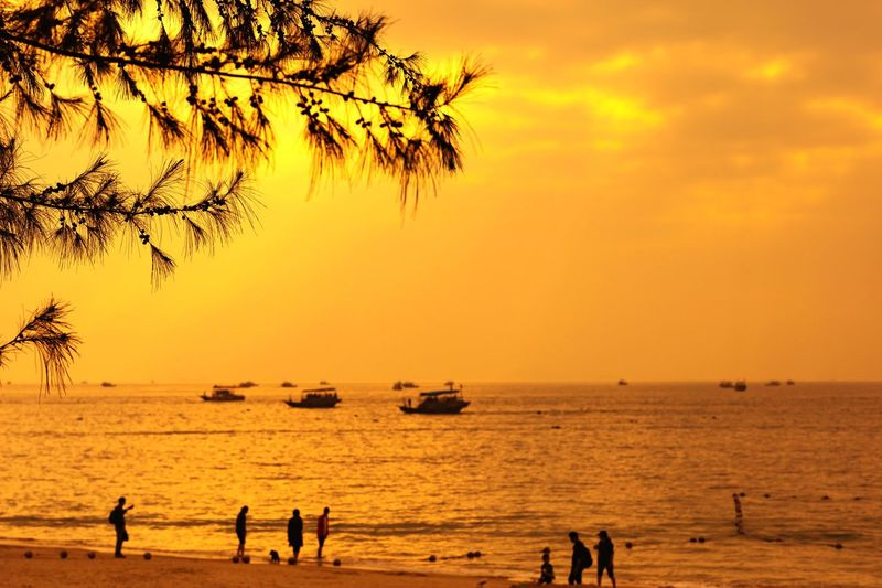 Xun liao wan Sky Sunset Water Sea Orange Color Scenics - Nature Group Of People