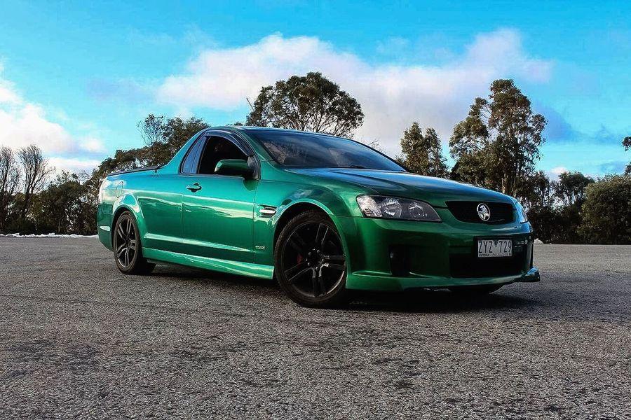 Sv6 Holden Victoria Mountbuller Melbourne Winter Trees Cars Greencar Greenholden UTE Holden Ute Holdenute