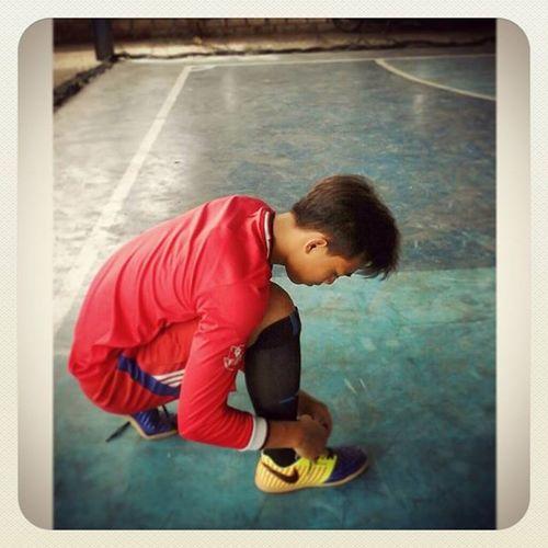 Di bilang ank futsal iya, di bilang ank basket juga iya, di bilang ank karate bisa di bilang iya. 😀 tapi yang terpenting ank papa & mama itu pasti iya👫 Anak Olahraga Dan Anak Papá Mama