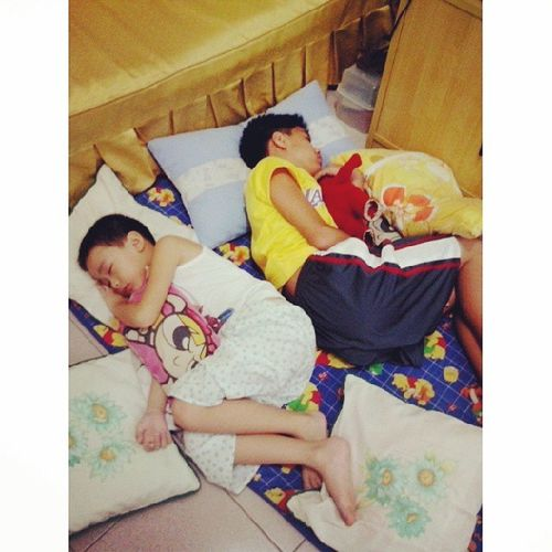 Shhh the boys are sleeping. Haha. Sa wakas tahimik na ang mundo ko. Goodboys Peace