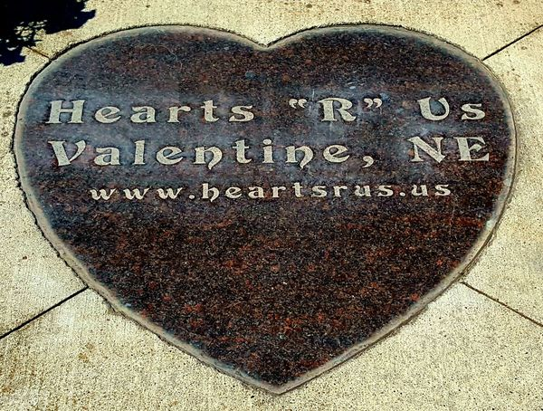 Text Western Script Communication Love Heart Shape Day Message No People Textured  Outdoors Close-up Hi Nebraska Nature Textures Nature Eyemphotography Summer2017 Plaques Outdoors, Outside, Open-air, Air, Fresh, Fresh Air, Outdoor Photography Lovephotography  Travel Destinations Travelphotography Travel History Through The Lens