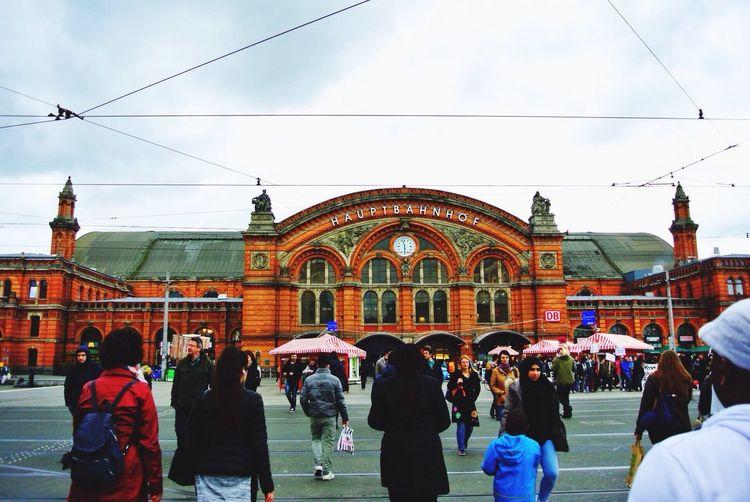 ブレーメン…ついに来たーー! Bremen Hauptbahnhof Station Diversity ブレーメン ドイツ 国際色 駅 ダイバーシティ