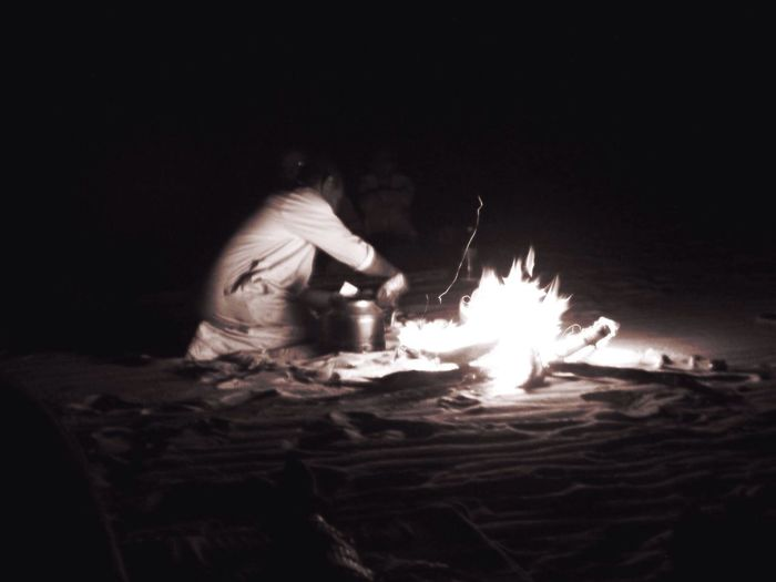 Supper time in the desert Bnw_friday_eyeemchallenge Pyromantic
