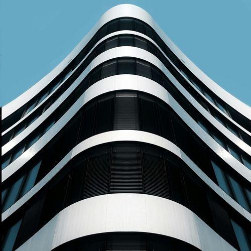 Fab Wave. Germany Symmetrical Lookup Lookingup Symmetry Architecture Architecturelovers Structures Art Design Minimal Minimalism Lines Facade Building Düsseldorf