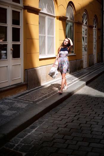 Barbora, Street