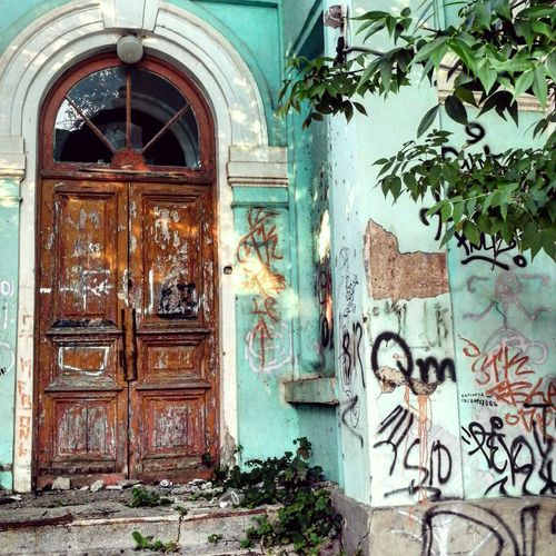 Door City City Life Streetart/graffiti Streetphotography Day Lifestyles Summer Beautiful No People лето дверь город фото