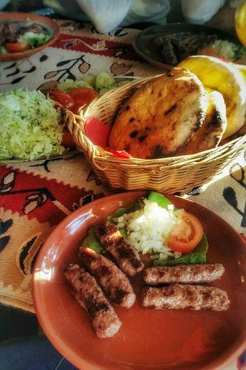 Cevapi Food Foodphotography Bread Salad Photography Food♡ Food Photography Foodlovers Foodstagram