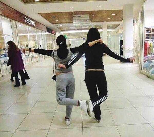 Я и моя любимая подруга. Танцуем лезгинку ??
