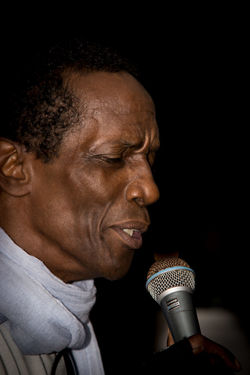 Black Background Black People Charles Role Close-up Concert Headshot Holding Live Live Music Mallorca Men Microphone Musician One Person Peguera Singer  Singing The Portraitist - 2017 EyeEm Awards