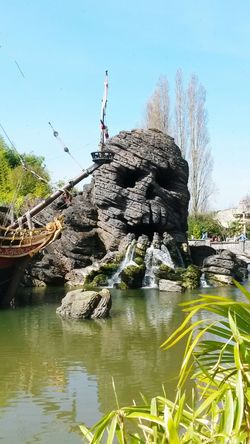Disneyland Paris Tetedemort