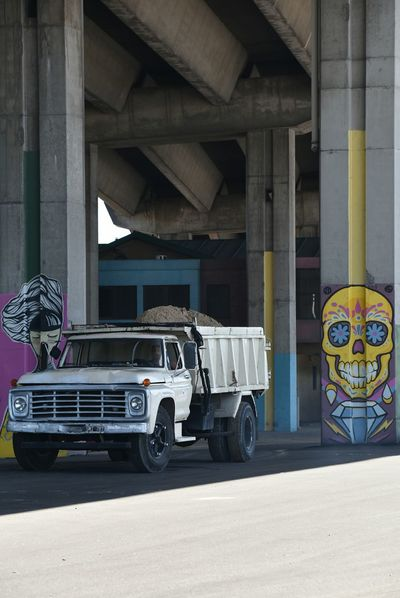 Vintage Truck Old Truck Buenosaires TheWeekOnEyeEM 18-200mm Nikon NikonD5500 Buenos Aires, Argentina  Urbanphotography Streetphotography Real People City Street City Life Lifestyles Art Installation Transportation Focus On Foreground Driving People Under Highway