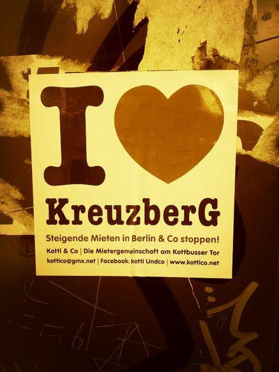 Kreuzberg ist Kreuzberg. Die Wohnungen sollten für egalwen erreichbar sein! :) Hyberlin