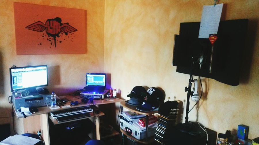 Studio Stylist